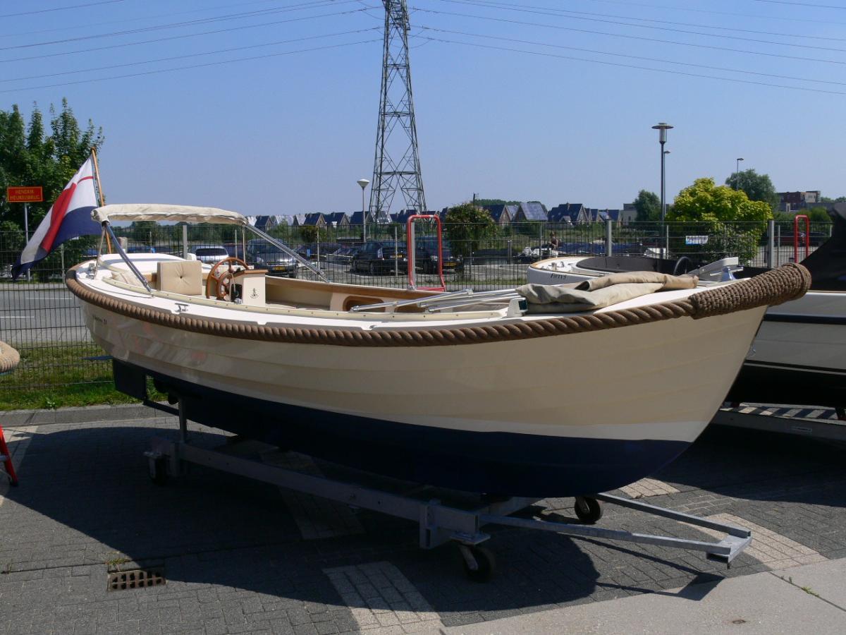 Jachthaven Poelgeest - Occasions - Albatros 21 met Vetus 33 pk 4 cil. te koop