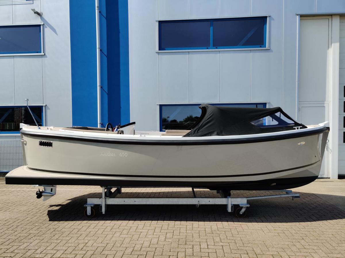 Jachthaven Poelgeest - Acties & Voorraad - Maxima 650 Flying Lounge te koop