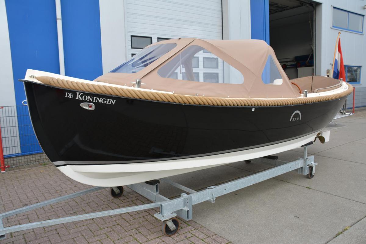 Jachthaven Poelgeest - Occasions - Antaris RB18 met Vetus 27 pk te koop
