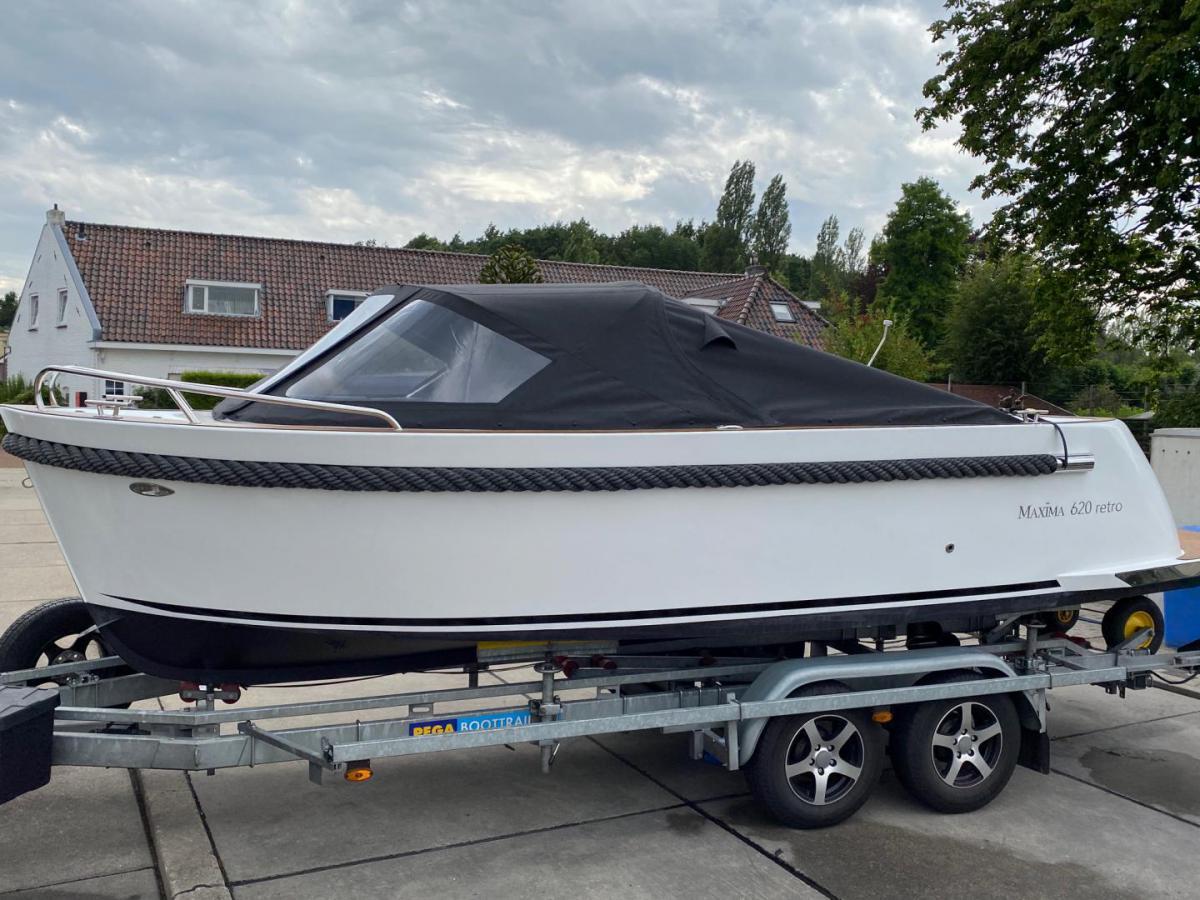 Jachthaven Poelgeest - Acties & Voorraad - Maxima 620 Retro MC met Suzuki 30 pk te koop